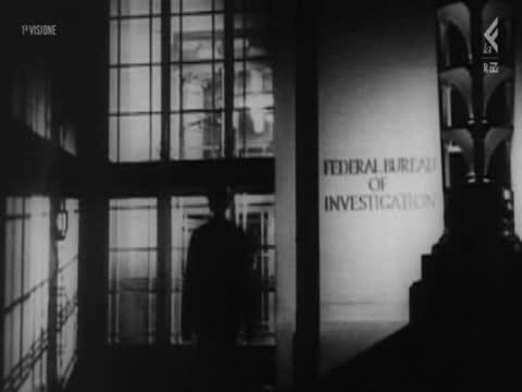 [04/10] OLIVER STONE: USA, LA STORIA MAI RACCONTATA [04/10] di Oliver Stone <br /> PARTE 4: LA GUERRA FREDDA Imperialismo & Comunismo