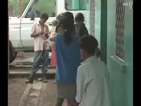C'ERA UNA VOLTA - E PER CIELO UN TETTO DI CARTONE - DOCUMENTARIO DI SILVESTRO MONTANARO - ANNO 1998